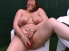 This chubby mama loves to get wet and suck cock
